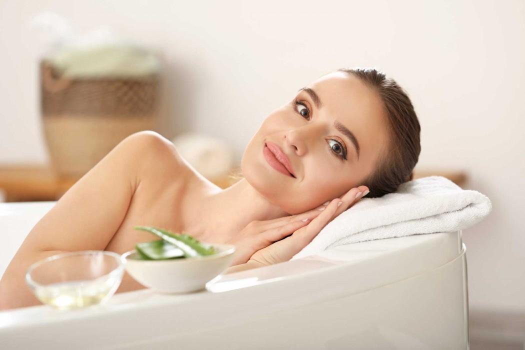 Aloe del Salento: il nostro segreto per una pelle del viso sempre idratata.